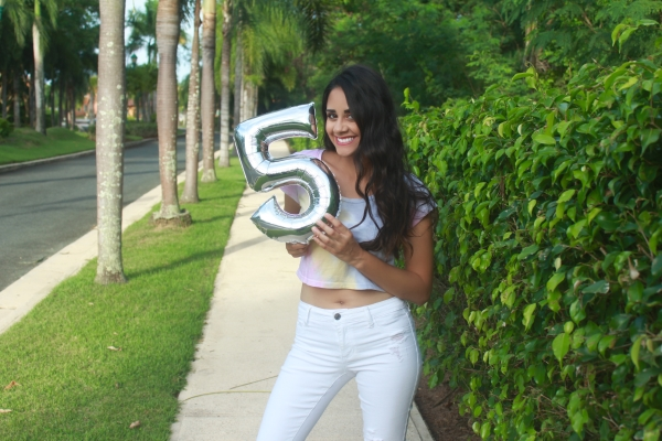 Five Lovely Years / 5 años Muy Lovely